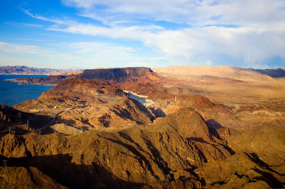 Mountains around lake mead