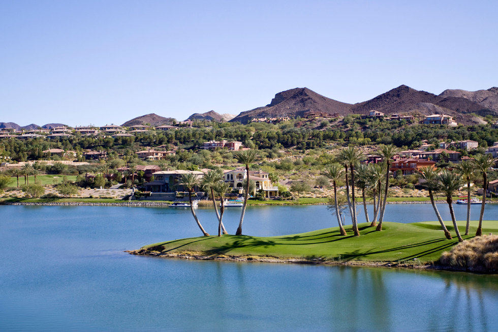 Community on lake las vegas