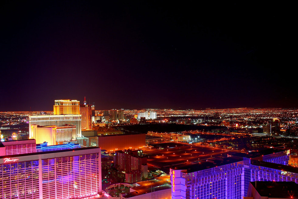 Las vegas strip aerial night4